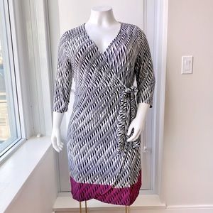 PENNINGTONS Dipped Pink Black & White Wrap Dress